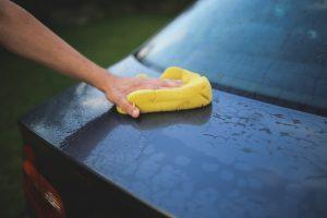 Bild: Ausbildung Auto wird gewaschen
